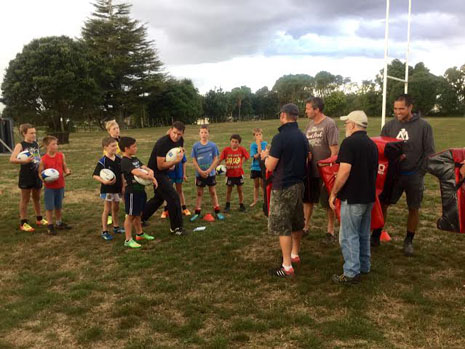 Crestclean Leslierugby Junior Rugby Team Coaching Programme Turning Heads Crestclean